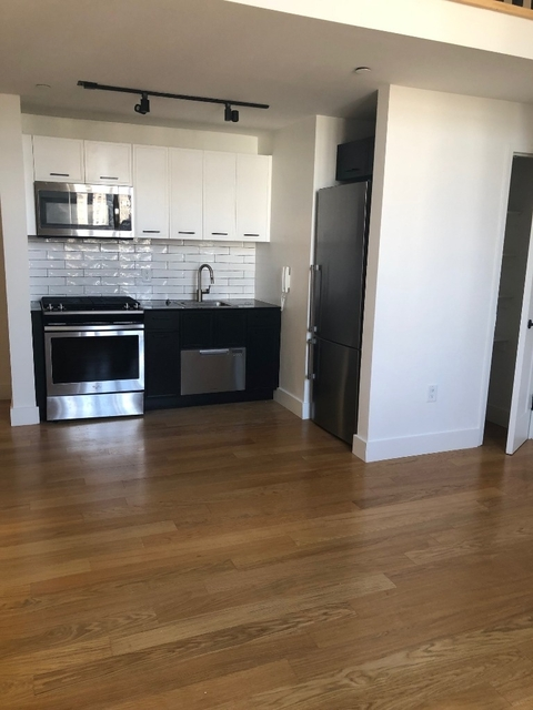 1 Bedroom, Financial District Rental in NYC for $4,126 - Photo 2