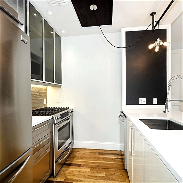 1 Bedroom, Williamsburg Rental in NYC for $3,425 - Photo 1