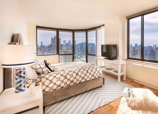 3 Bedrooms, Yorkville Rental in NYC for $11,000 - Photo 2