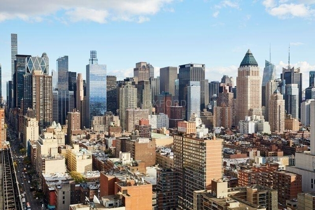 Studio, Hell's Kitchen Rental in NYC for $3,395 - Photo 2