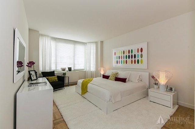 2 Bedrooms, Yorkville Rental in NYC for $7,295 - Photo 2