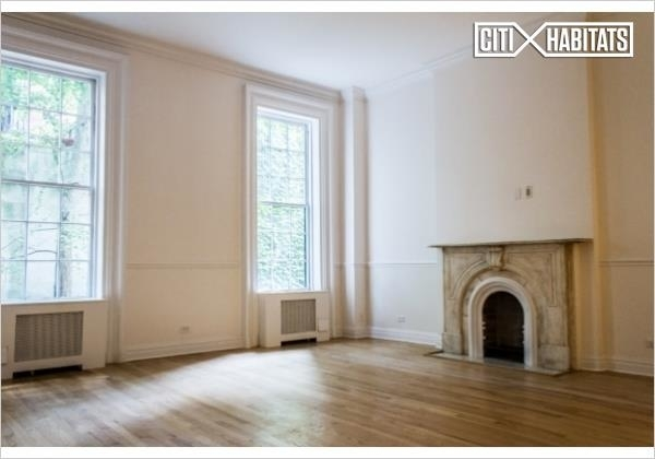 4 Bedrooms, East Village Rental in NYC for $11,000 - Photo 2
