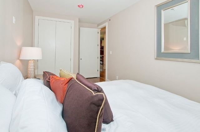 3 Bedrooms, Prospect Park Rental in NYC for $3,799 - Photo 2