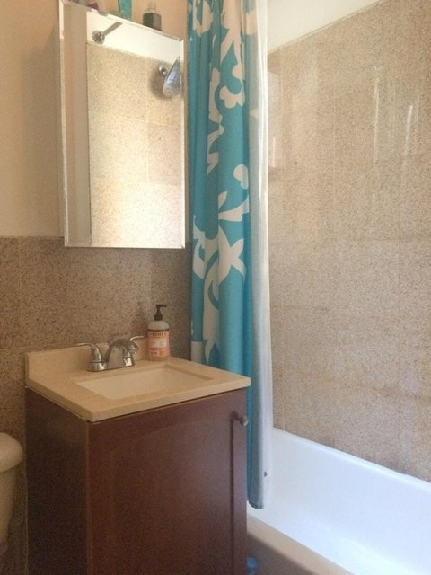 2 Bedrooms, Hell's Kitchen Rental in NYC for $3,275 - Photo 2