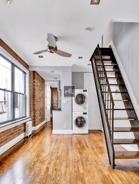 2 Bedrooms, East Village Rental in NYC for $4,448 - Photo 2