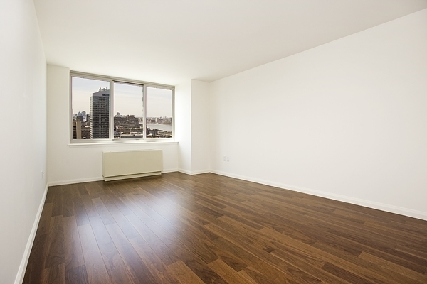 1 Bedroom, Hell's Kitchen Rental in NYC for $3,446 - Photo 2
