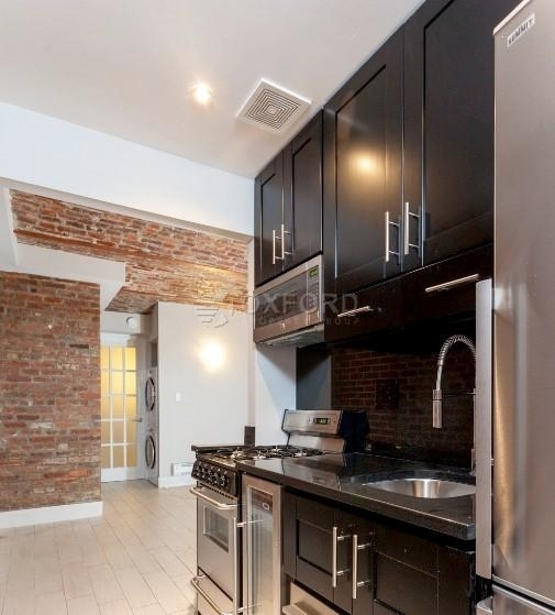 2 Bedrooms, Gramercy Park Rental in NYC for $3,939 - Photo 1