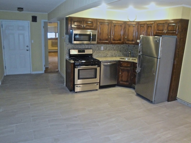 1 Bedroom, Astoria Heights Rental in NYC for $1,650 - Photo 2