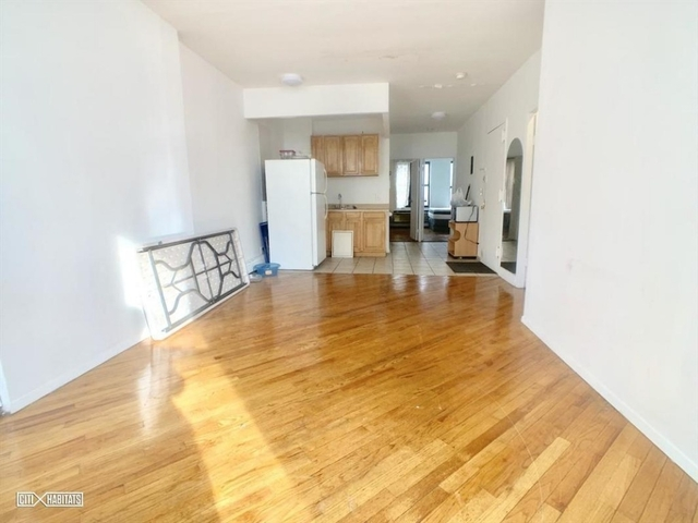 3 Bedrooms, Garment District Rental in NYC for $5,000 - Photo 1