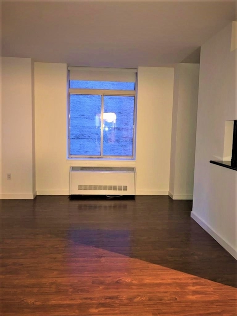 Studio, Financial District Rental in NYC for $2,856 - Photo 2
