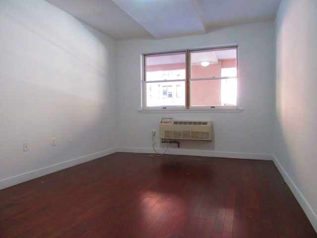 2 Bedrooms, Ditmas Park Rental in NYC for $2,450 - Photo 2