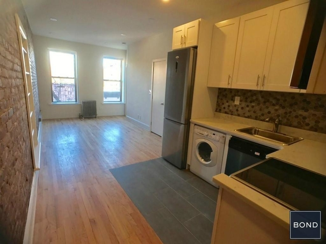 3 Bedrooms, Gramercy Park Rental in NYC for $5,353 - Photo 1