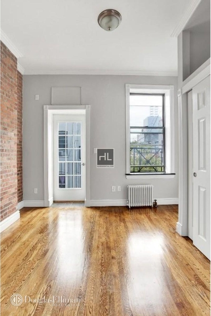 3 Bedrooms, West Village Rental in NYC for $13,995 - Photo 2