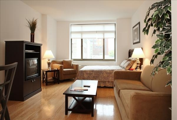 Studio, West Village Rental in NYC for $3,568 - Photo 2