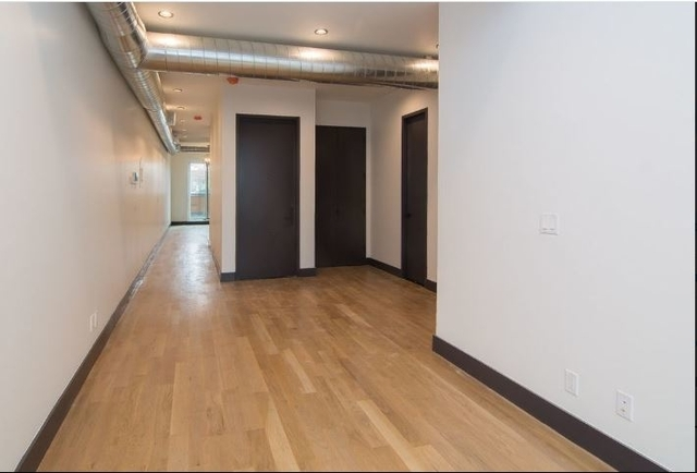 3 Bedrooms, Prospect Lefferts Gardens Rental in NYC for $3,549 - Photo 2