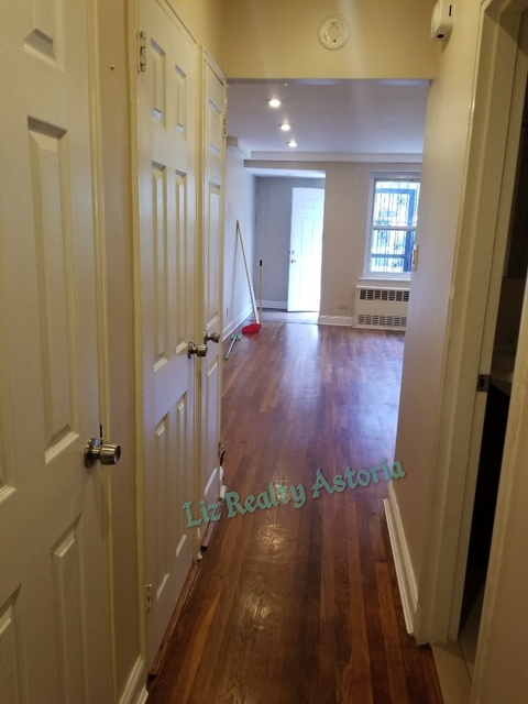 2 Bedrooms, Woodside Rental in NYC for $2,000 - Photo 2