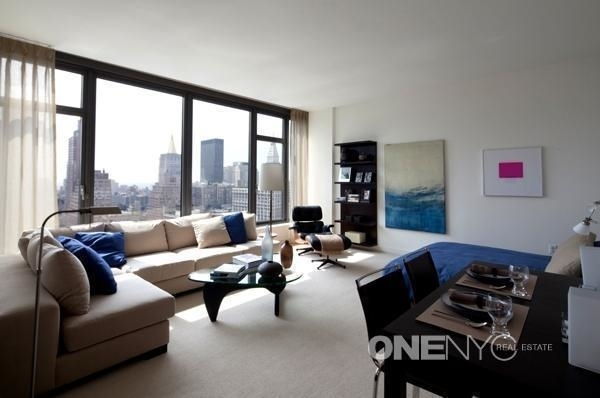 3 Bedrooms, Midtown East Rental in NYC for $15,000 - Photo 1