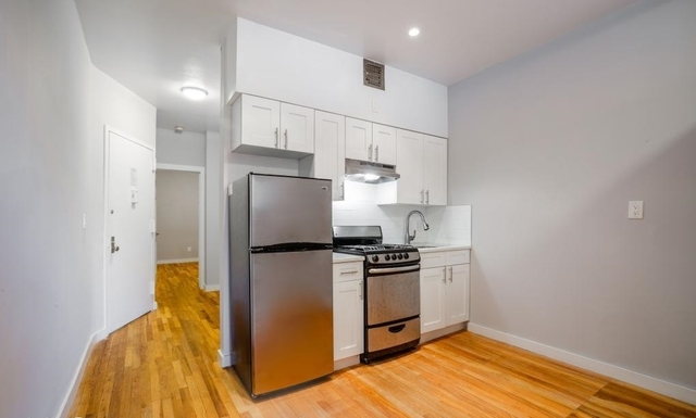 2 Bedrooms, Hell's Kitchen Rental in NYC for $2,900 - Photo 1