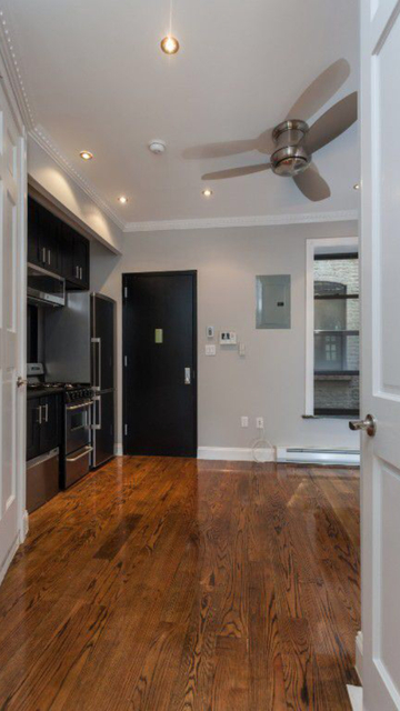 2 Bedrooms, Manhattan Valley Rental in NYC for $3,021 - Photo 2
