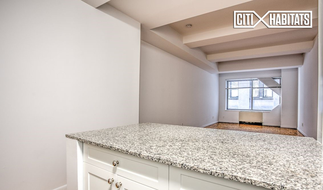 Studio, Financial District Rental in NYC for $2,897 - Photo 2