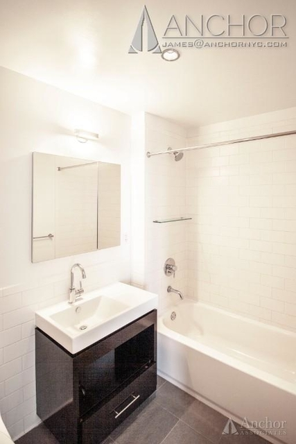 Studio, Hell's Kitchen Rental in NYC for $3,254 - Photo 1