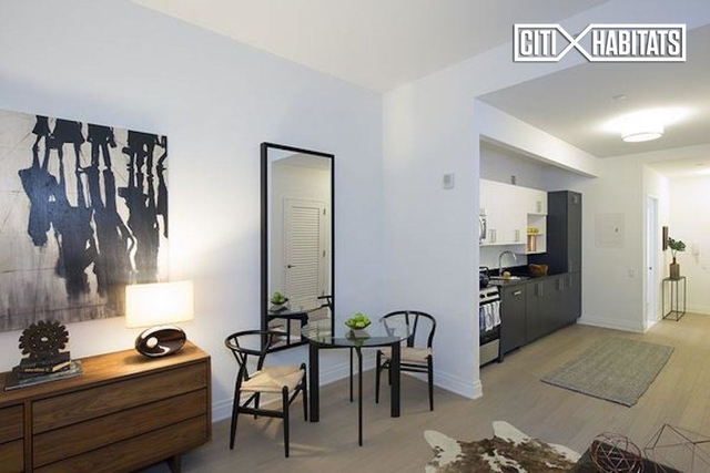 Studio, Financial District Rental in NYC for $3,020 - Photo 2