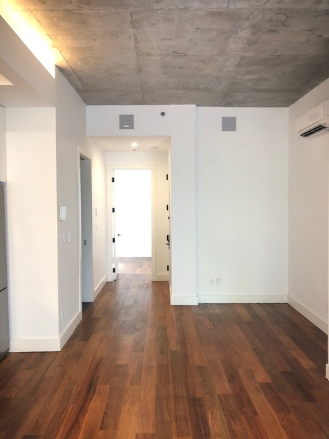 3 Bedrooms, East Williamsburg Rental in NYC for $4,420 - Photo 2