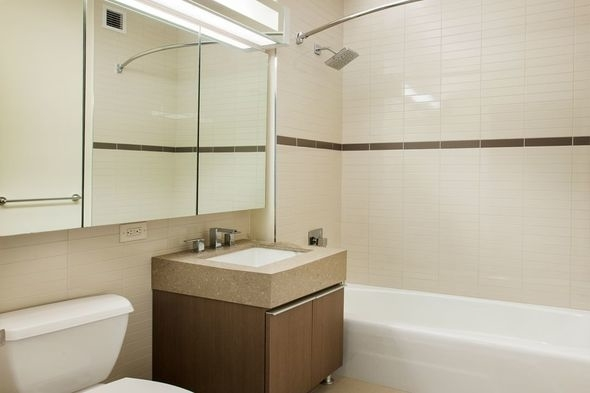 1 Bedroom, Hudson Square Rental in NYC for $3,955 - Photo 2