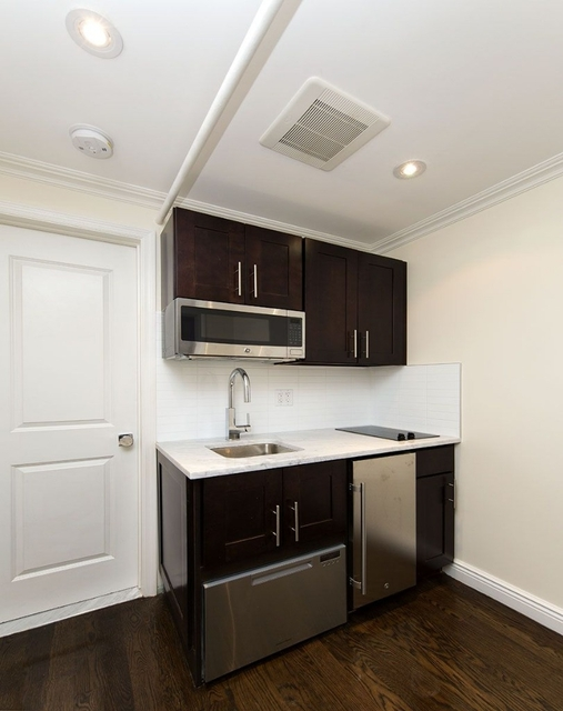 Studio, East Village Rental in NYC for $2,100 - Photo 2