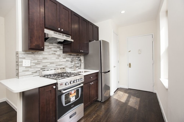 4 Bedrooms, Gramercy Park Rental in NYC for $5,995 - Photo 2