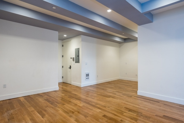 2 Bedrooms, Bushwick Rental in NYC for $3,200 - Photo 2