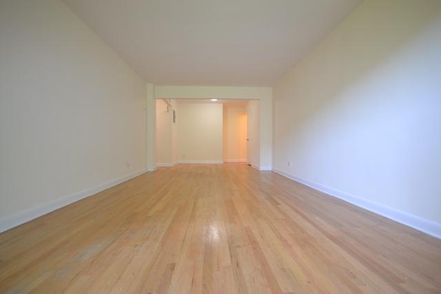 1 Bedroom, Astoria Rental in NYC for $2,975 - Photo 2