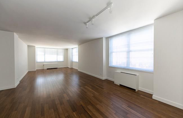 4 Bedrooms, Sutton Place Rental in NYC for $12,900 - Photo 1