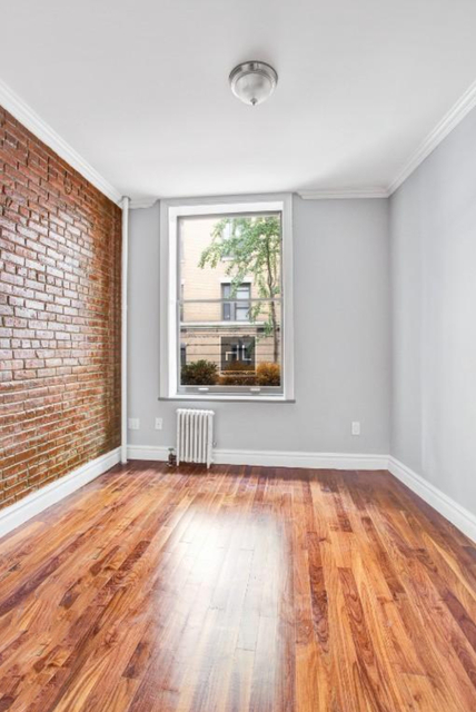 4 Bedrooms, Alphabet City Rental in NYC for $7,395 - Photo 2