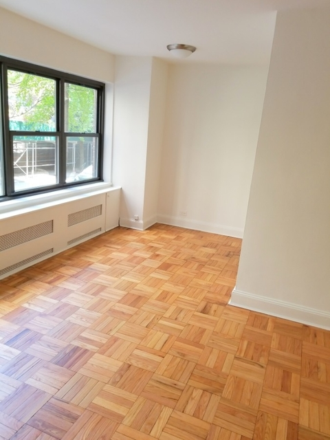 Studio, Sutton Place Rental in NYC for $2,675 - Photo 2
