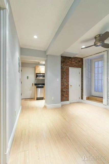 3 Bedrooms, Murray Hill Rental in NYC for $5,300 - Photo 1
