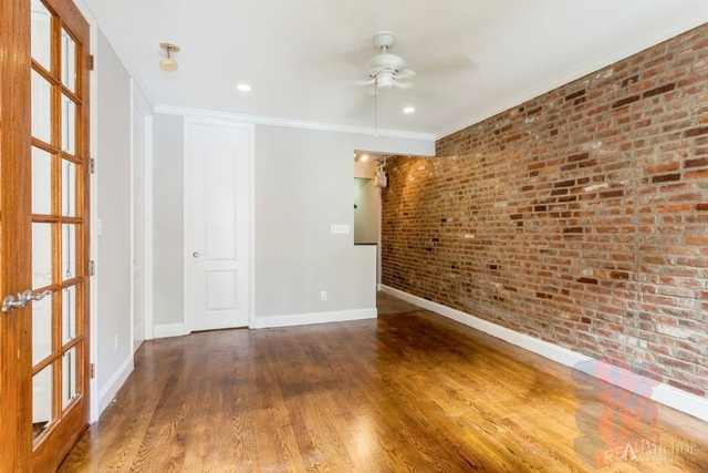 3 Bedrooms, Gramercy Park Rental in NYC for $5,900 - Photo 2