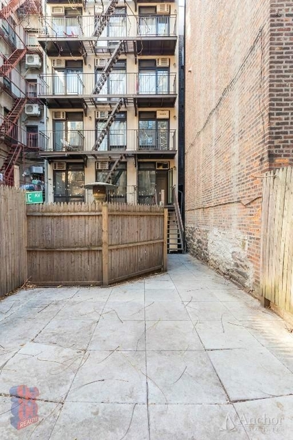 3 Bedrooms, Lower East Side Rental in NYC for $5,700 - Photo 2