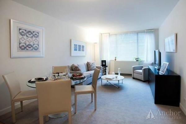 1 Bedroom, Upper East Side Rental in NYC for $3,891 - Photo 2