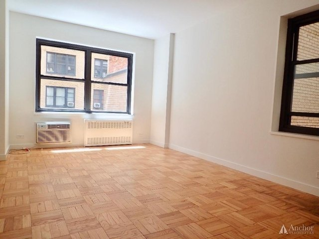 2 Bedrooms, Sutton Place Rental in NYC for $6,900 - Photo 2