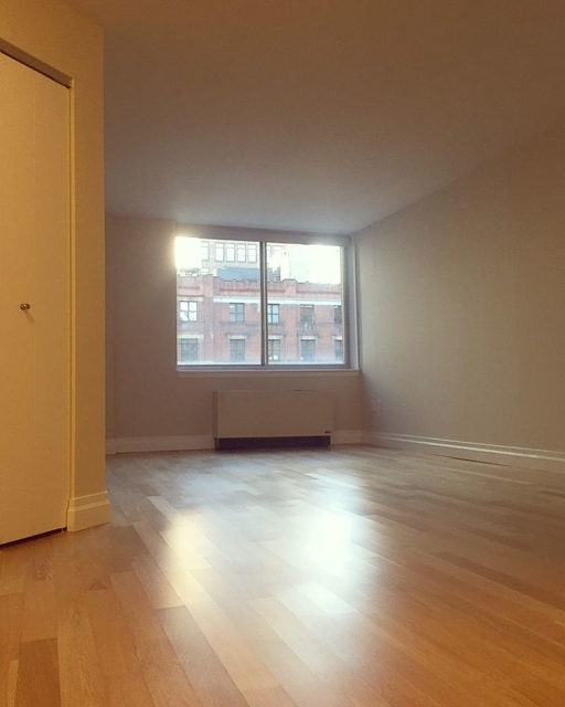 Studio, Civic Center Rental in NYC for $3,512 - Photo 1
