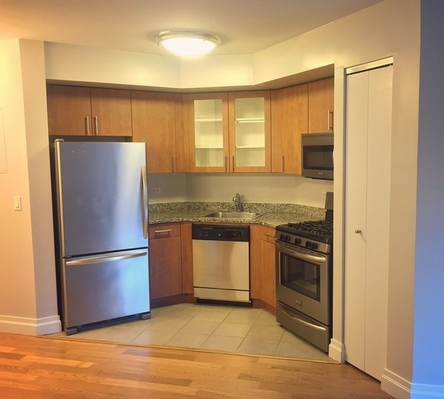 Studio, Civic Center Rental in NYC for $3,512 - Photo 2