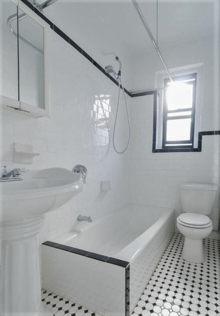 2 Bedrooms, Upper East Side Rental in NYC for $2,500 - Photo 2