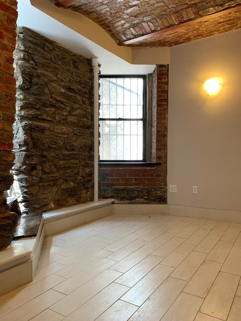 2 Bedrooms, Gramercy Park Rental in NYC for $3,938 - Photo 1