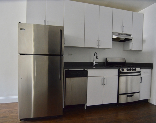 Studio, Yorkville Rental in NYC for $3,200 - Photo 2
