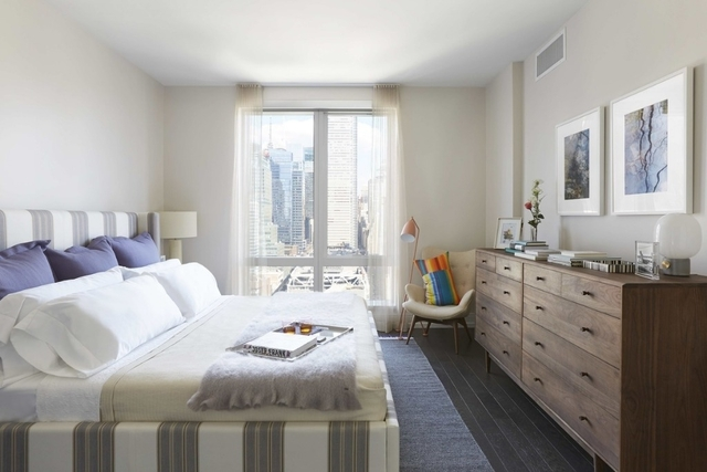1 Bedroom, Hell's Kitchen Rental in NYC for $4,242 - Photo 2