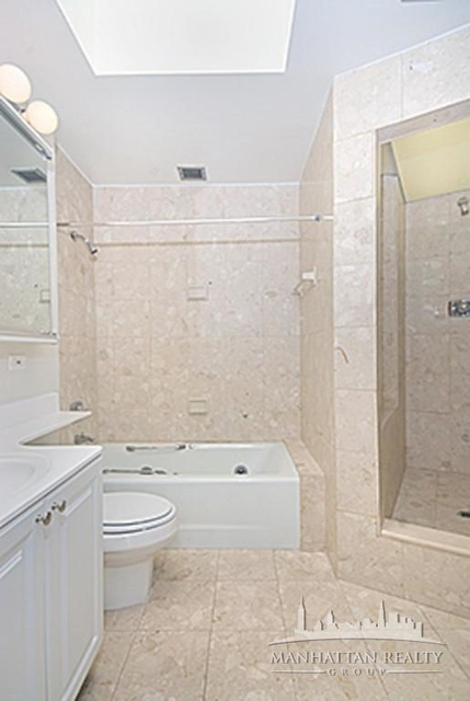 3 Bedrooms, Sutton Place Rental in NYC for $7,800 - Photo 2