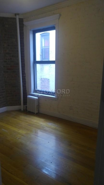 3 Bedrooms, Gramercy Park Rental in NYC for $5,400 - Photo 2