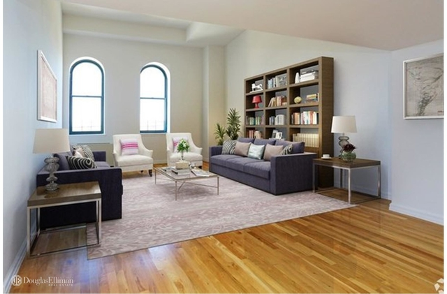 Studio, West Village Rental in NYC for $7,695 - Photo 2