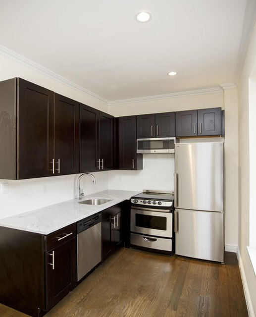 2 Bedrooms, Bushwick Rental in NYC for $2,475 - Photo 1